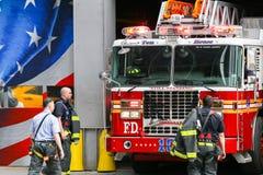 Parque de bomberos de diez casas en NY Foto de archivo libre de regalías
