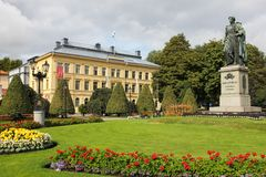 Parque de Carl Johans. Norrkoping. Suécia fotos de stock