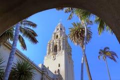 Parque de desatención del balboa de la torre de California en San Diego foto de archivo