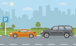 Parque de estacionamento com os dois carros no fundo da cidade Foto de Stock