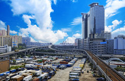Parque de estacionamento na cidade Imagem de Stock