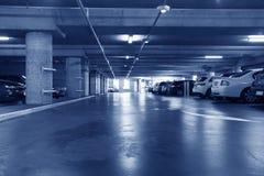 Parque de estacionamento subterrâneo Imagem de Stock