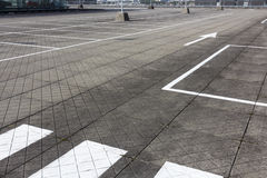 Parque de estacionamento vazio enorme Fotos de Stock Royalty Free