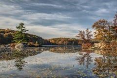 Parque de estado de Harriman en otoño Imagen de archivo