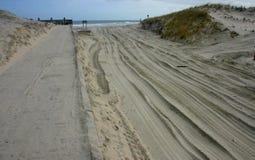 Parque de estado de la playa de la isla Millas de dunas de arena y de bea arenoso blanco Foto de archivo libre de regalías