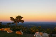 Parque de estado del punto álgido de la puesta del sol Fotos de archivo
