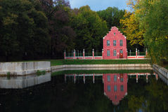 Parque de Kuskovo em Moscou Pavilhão holandês da casa Fotos de Stock Royalty Free