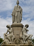Parque de la ciudad en Nimes Francia Fotos de archivo