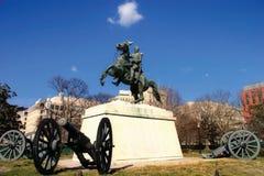 Parque de Lafayette com estátua e canhão imagens de stock royalty free