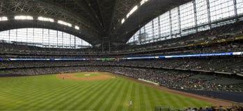 Parque de Miller, Milwaukee Brewers, Parte exterior do campo do basebol Foto de Stock Royalty Free