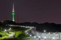 Parque de Namsan e torre Coreia do Sul de N Seoul foto de stock