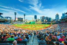 Parque de PNC y Pittsburgh céntrica Foto de archivo