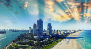 Parque de Pointe e costa sul - vista aérea de Miami Beach, florida Foto de Stock Royalty Free