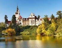Parque de Pruhonice e castelo, Praga Foto de Stock