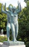 Parque de Vigeland, Oslo, Noruega, par de baile Fotografía de archivo libre de regalías