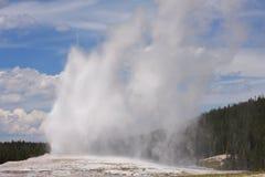 Parque de Yellowstone \ 'fiel viejo de s Fotografía de archivo