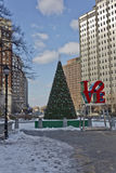 Parque del amor de Philadelphia en el invierno Imagen de archivo libre de regalías