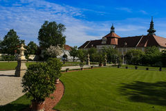 Parque del monasterio Seitenstetten Imagenes de archivo
