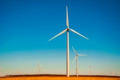 Parque eólico Tejas del oeste de la sol de Amarillo Fotos de archivo