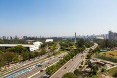 Parque e avenida de Ibirapuera o 23 de maio Imagens de Stock