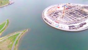 Parque ecológico verde urbano del planeamiento y de la construcción del lago overhead de los pescados de Shangai metrajes