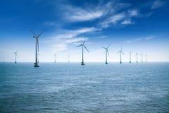 Parque eólico costero Fotografía de archivo