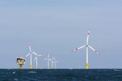Parque eólico costero del alemán Imágenes de archivo libres de regalías