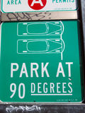 Parque em 90 graus de sinal Imagens de Stock Royalty Free