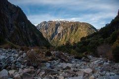 Parque Nacional av Queulat, Austral Carretera, huvudväg 7, Chile Royaltyfri Foto