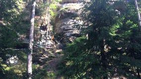 Parque nacional de Checo Suiza, rocas grandes, abismo almacen de metraje de vídeo
