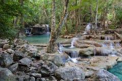 Parque nacional de Erawan, cascada en Tailandia Imagen de archivo libre de regalías
