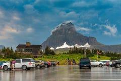 Parque nacional de geleira do parque de estacionamento de Logan Pass fotos de stock