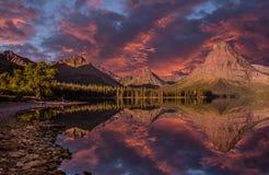 Parque nacional de geleira, lago medicine da parte superior dois, Montana fotografia de stock