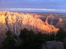 Parque nacional de los Badlands en la puesta del sol Fotografía de archivo