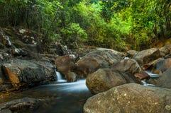 Parque nacional de Namtok Phlio Imagenes de archivo