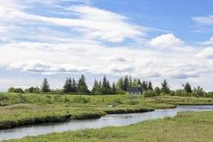 Parque nacional de Pingvellir da igreja velha, Islândia imagem de stock