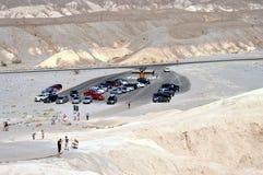 Parque nacional de Vale da Morte - estacionamento no ponto de Zabriskie Foto de Stock Royalty Free