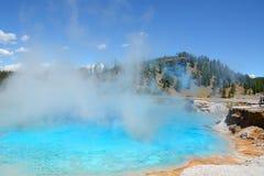 Parque nacional de Yellowstone del géiser excelsior Imagenes de archivo