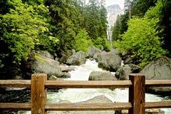 Parque nacional de Yosemite da queda Vernal fotos de stock royalty free