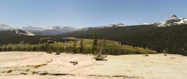 Parque nacional de Yosemite - prados de Tuolumne imagem de stock royalty free