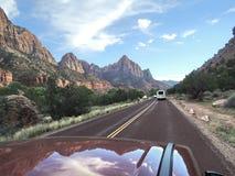 Parque nacional de Zion observado de um telhado do carro Foto de Stock Royalty Free