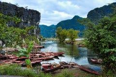 Parque nacional Ninh Binh Vietnam 14-12-2013 Imagenes de archivo