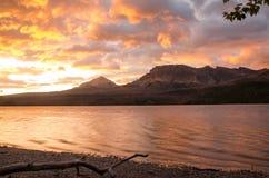 Parque-nascer do sol do nacional da geleira Foto de Stock Royalty Free