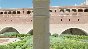 Parque no castelo de Rabati - Geórgia vídeos de arquivo