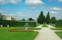 Parque no castelo Lednice imagem de stock