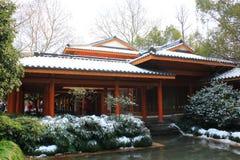 Parque ocidental do lago (xihu) em Hangzhou de China no inverno após a neve Imagem de Stock