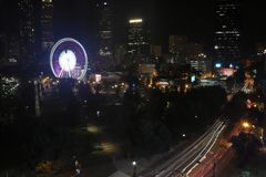 Parque olímpico centenário do ` s de Atlanta na noite imagens de stock