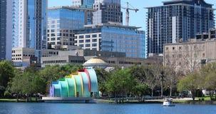 Parque Orlando de Eola do lago orlando Downtown City Skyline From video estoque