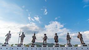 Parque público real de Ratchapak e as estátuas de sete reis de Tailândia Fotos de Stock Royalty Free