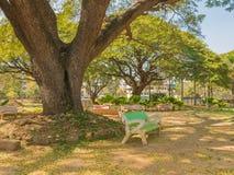 Parque quieto no meio de Mysore, Karnataka, Índia fotos de stock